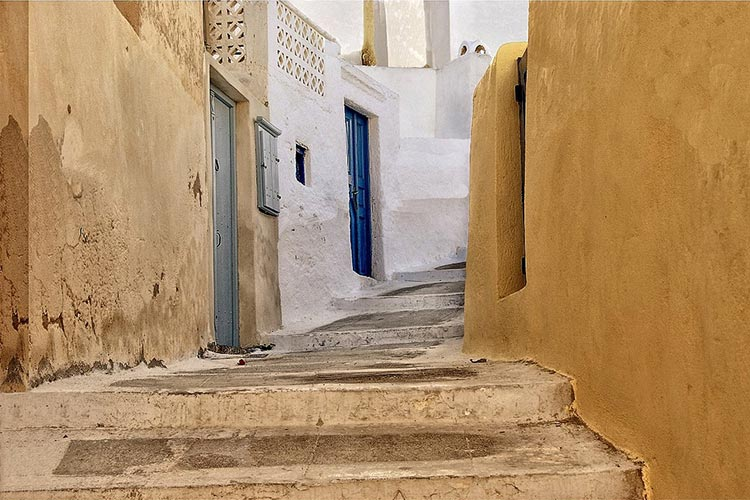 santorini off the beaten path